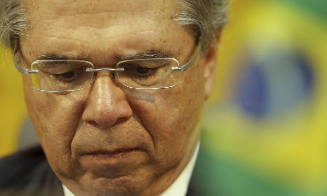 O ministro Paulo Guedes disse esperar uma arrecadação de R$ 150 bi com a 'nova CPMF' Foto: MARCELO THEOBALD / Agência O Globo