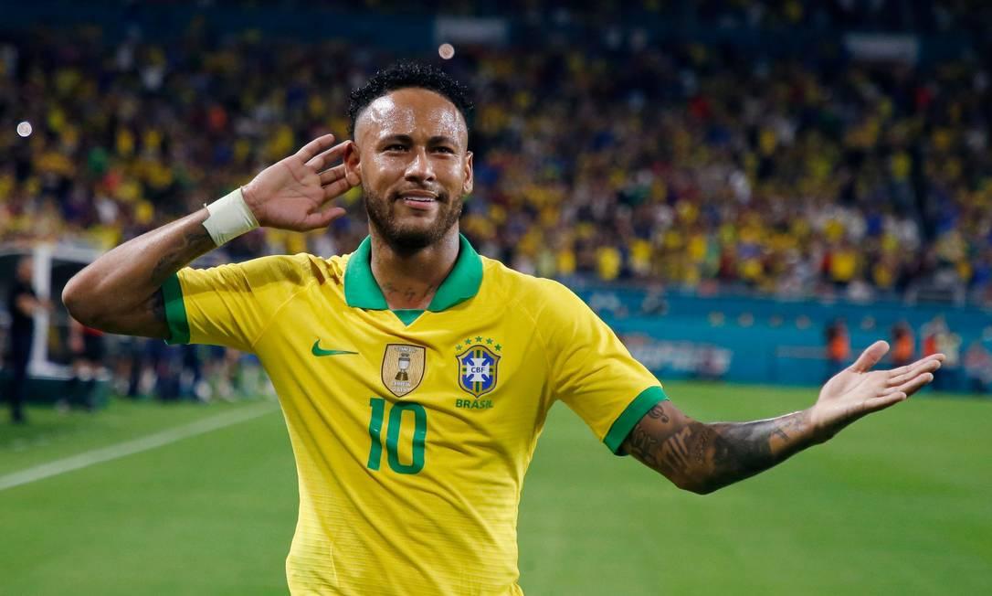 Neymar ainda está em alta quando o assunto é videogame e aparece no top 3 do Fifa20 Foto: RHONA WISE / AFP