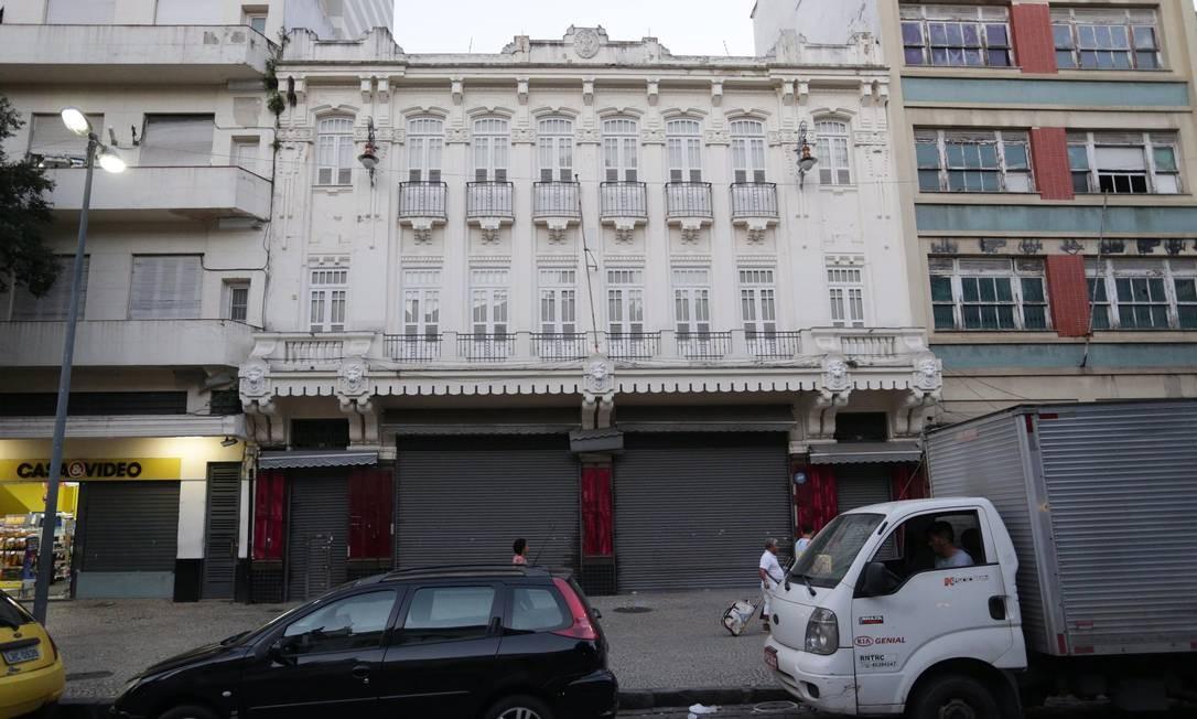 A Papelaria Casa Cruz da rua Ramalho Urtigão, onde funcionava desde 1893, fechou em 2017. A rede chegou a ter 6 lojas. Todas fecharam Foto: Márcio Alves / Agência O Globo