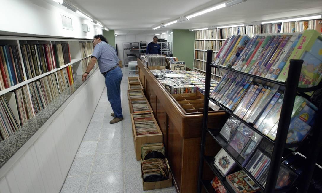 A loja de discos Modern Sound fechou em 2010. O sucesso do bistrô com música ao vivo aberto no local não conseguiu evitar o fechamento Foto: Gabriel de Paiva / Agência O Globo