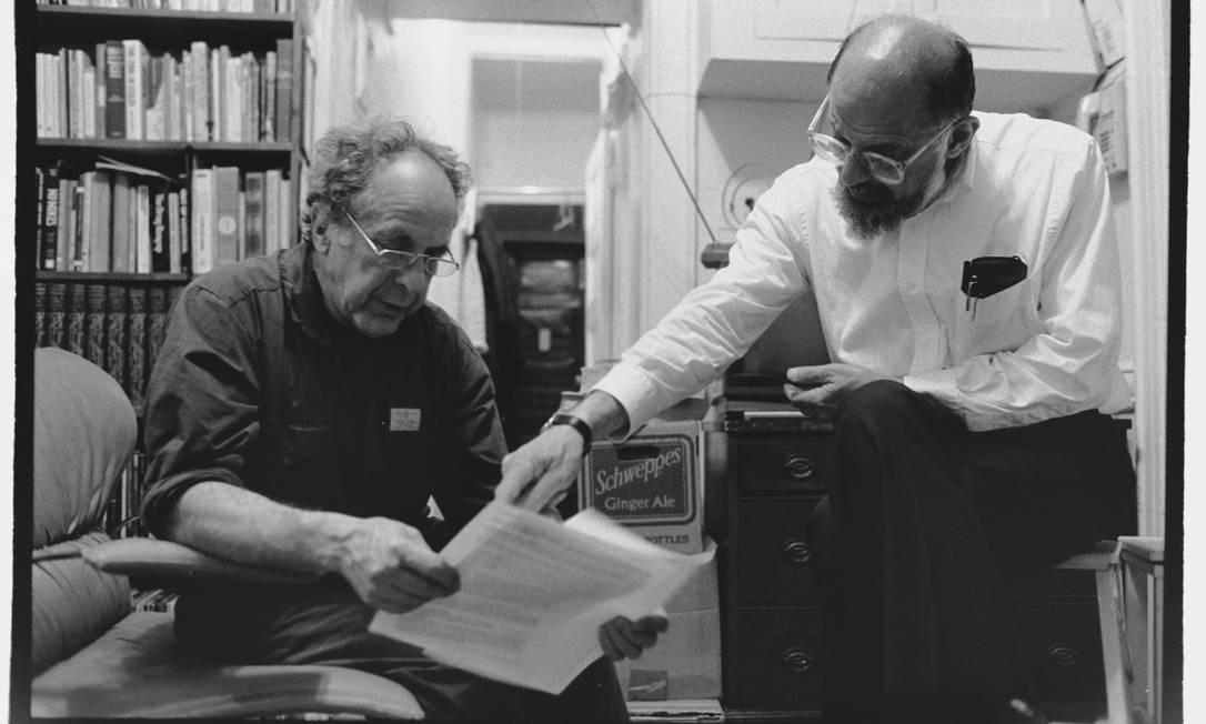 Robert Frank e Allen Ginsberg em 1989. A foto é do artista chinês Ai Weiwei Foto: Ai Weiwei / Divulgação