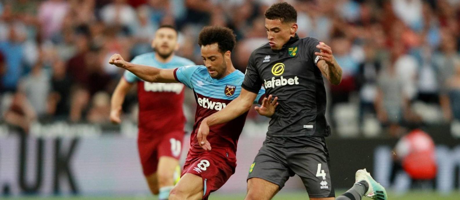 O West Ham, de Felipe Anderson, e o Norwich, de Ben Godfrey, ambos patrocinados por sites de apostas, se enfrentam pelo Campeonato Inglês Foto: IAN WALTON / REUTERS