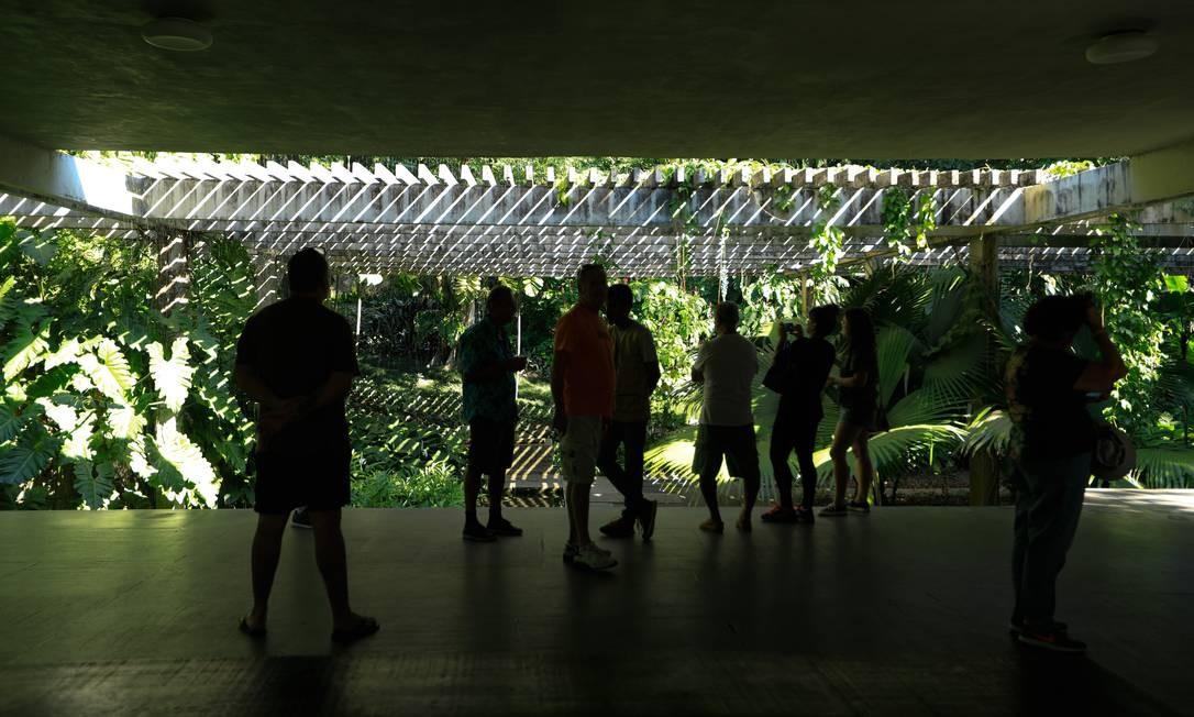 O espaço funciona como um centro cultural, que recebe cerca de 30 mil visitantes por ano Foto: Brenno Carvalho / Agência O Globo