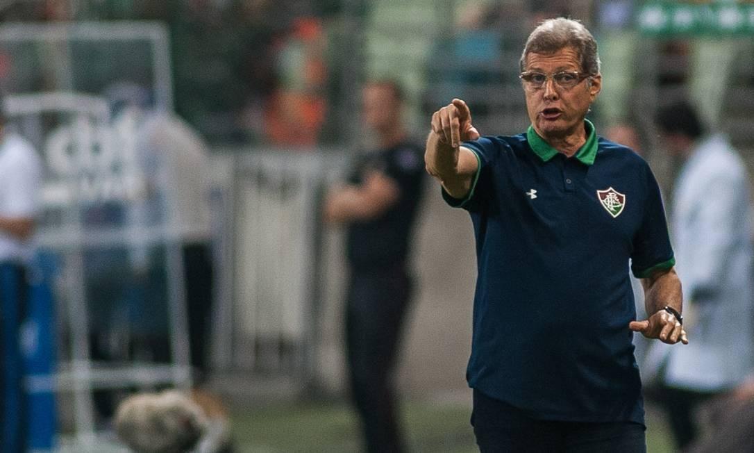 Oswaldo de Oliveira comanda o Fluminense em crise Foto: Mauricio Rummens/Photo Premium/Agência O Globo