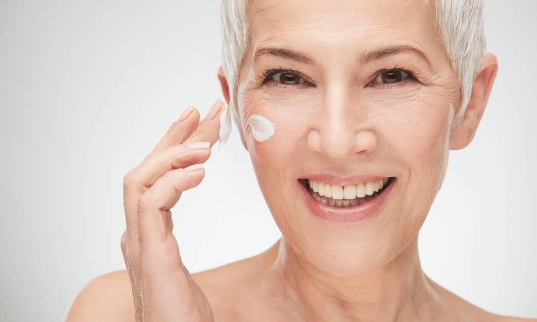 Entenda as funções dos diferentes ativos encontrados nas fórmulas de produtos para a pele Foto: Shutterstock