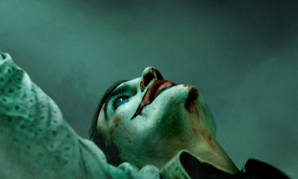 """Cena do filme """"Coringa"""", de Todd Phillips, traz o ator Joaquin Phoenix na pele do vilão anarquista Foto: Divulgação"""