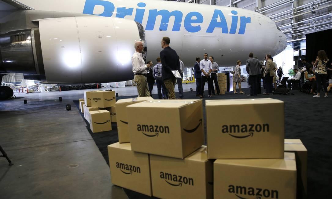 A Amazon lançou nesta semana o Amazon Prime, que oferece vantagens como frete grátis e entrega rápida, e o serviço de streaming de música Amazon Music Foto: Ted S. Warren / AP