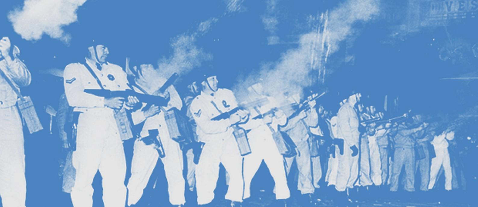 Polícia argentina atira bombas de gás lacrimogêneo em manifestantes peronistas Foto: Keystone / Getty