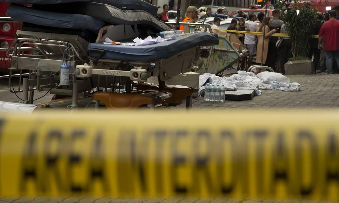 Incêndio no Hospital Badim, na Tijuca, deixou, até o momento, 12 mortos Foto: Márcia Foletto / Agência O Globo