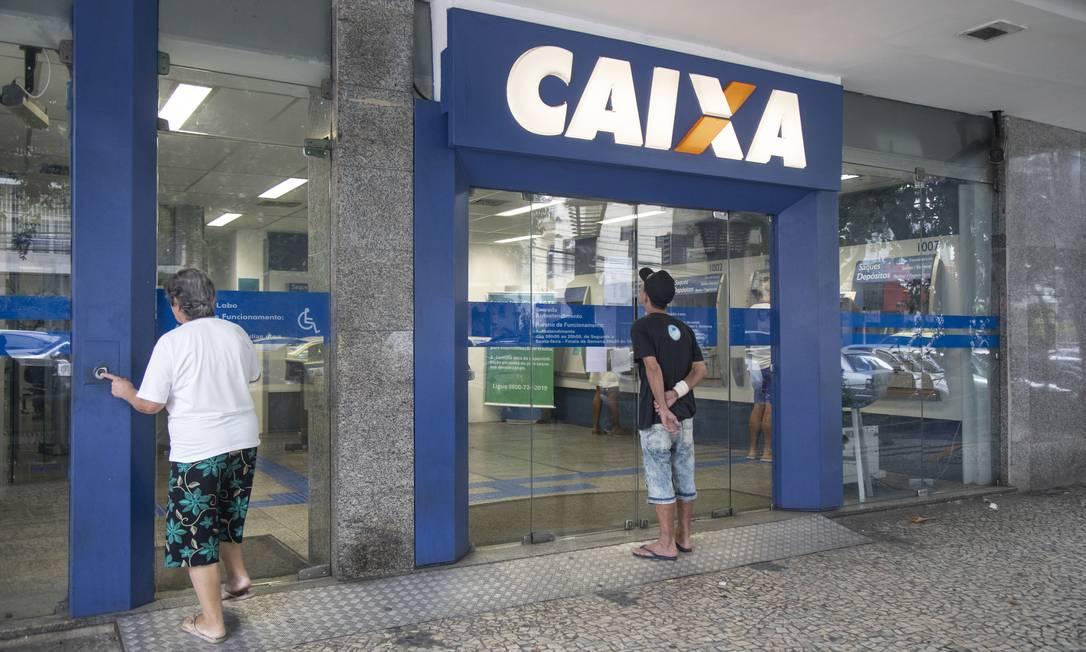 Agência da Caixa Econômica Federal vazia na Tijuca, na Zona Norte do Rio Foto: ANA BRANCO / Agência O Globo