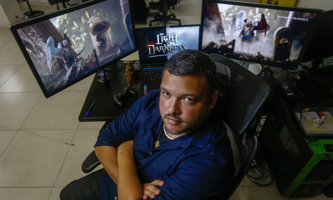 Rio de Janeiro 05/09/2019 O sonho de produzir videogames no Brasil. Na foto, Fernando Rabello está há 7 anos trabalhando no desenvolvimento de um jogo. Foto Marcelo Regua /Agência O Globo Foto: Marcelo Regua / Agência O Globo