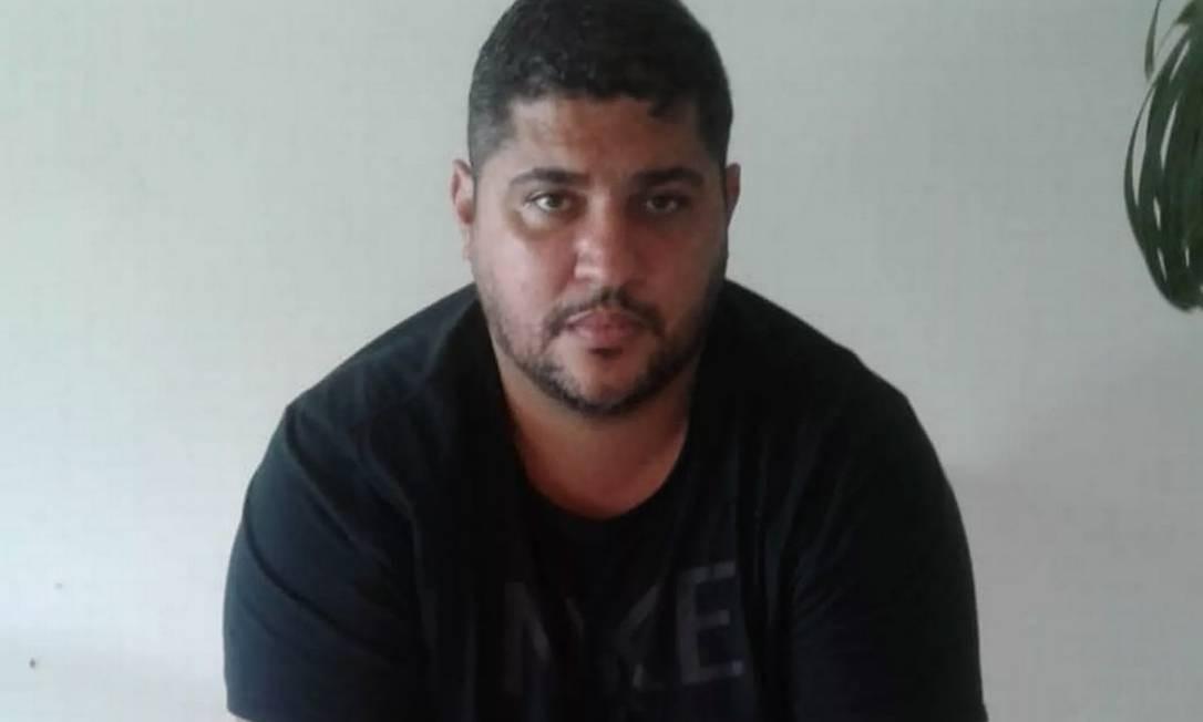 """André de Oliveira Macedo, conhecido como """"André do Rap"""", preso neste domingo em condomínio de luxo, em Angra dos Reis Foto: Divulgação"""