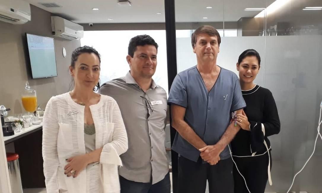 Resultado de imagem para MORO VISITA BOLSONARO EM HOSPITAL DE SÃO PAULO