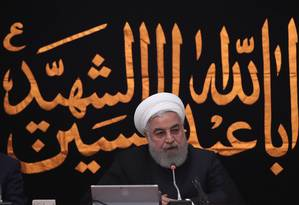 Presidente iraniano Hassan Rouhani fala em reunião do gabinete ministerial no dia 11 de setembro. Teerã deixou claro que um encontro com os EUA depende do fim das sanções econômicas Foto: OFFICIAL PRESIDENT WEBSITE / VIA REUTERS
