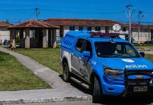 Em março de 2018, cinco jovens foram mortos pela milícia no local Foto: Marcelo Régua / Agência O Globo