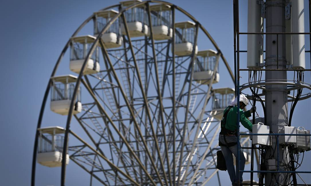A tradicional roda gigante Foto: Pablo Jacob / Agência O Globo
