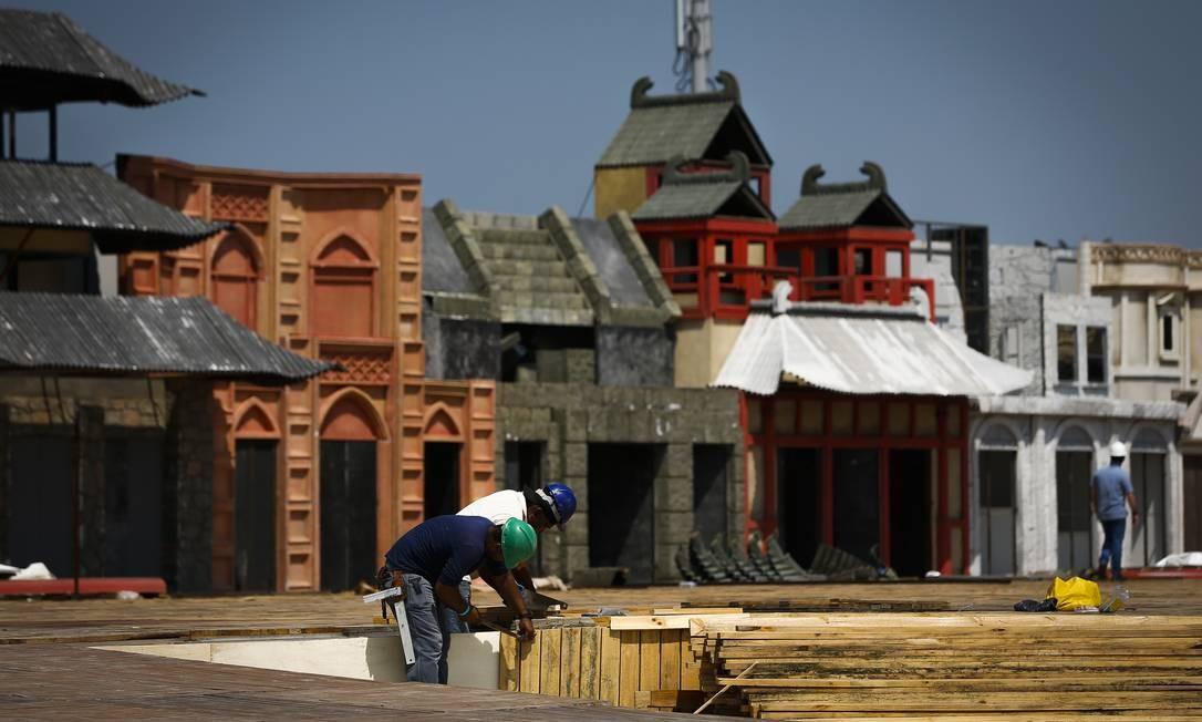 Últimos reparos estão sendo feitos para início do festival, no dia 27 de setembro Foto: Pablo Jacob / Agência O Globo