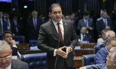 O senador Weverton Rocha (PDT-MA) é relator da proposta que muda regras eleitorais Foto: Pedro França / Pedro França/Agência Senado