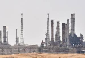 Instalação da Aramco perto de Riad, na Arábia Saudita. Foto: FAYEZ NURELDINE / AFP
