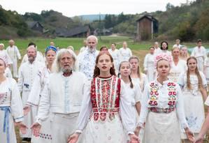 'Midsommar', novo filme de Ari Aster, se passa em uma comunidade rural na Suécia Foto: Divulgação