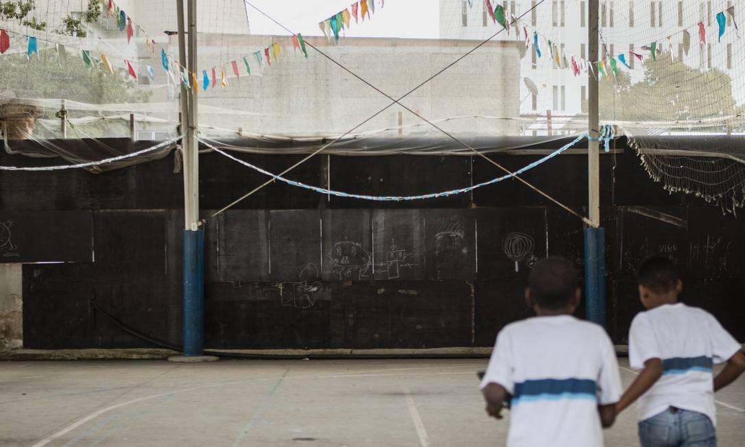 Ri - Rio de Janeiro. ( RJ) - 09/07/2019 - Escola Municipal Equador em Vila Isabel, com problemas estruturais. Foto: Gabriel Monteiro / Agência O Globo Foto: Gabriel Monteiro / Agência O Globo