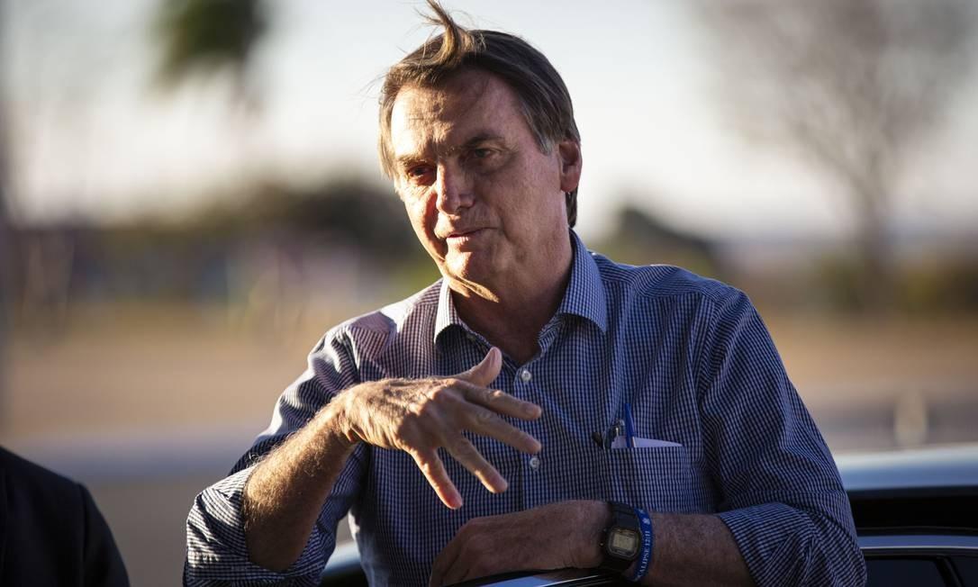 O presidente Jair Bolsonaro na volta ao Palácio da Alvorada, em Brasília, na segunda-feira, após se submeter a mais uma cirurgia em São Paulo: segundo porta-voz da Presidência, viagem a NY é '100%' certa Foto: Daniel Marenco/16-09-2019