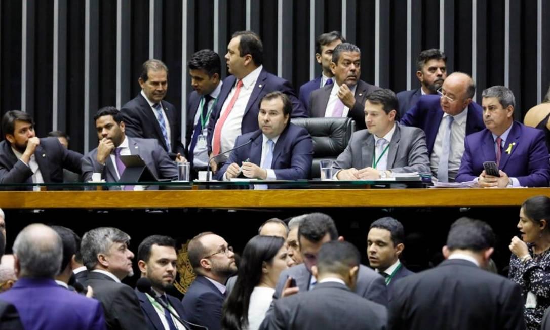 Câmara aprova texto-base de projeto que flexibiliza regras de partidos Foto: Agência Câmara