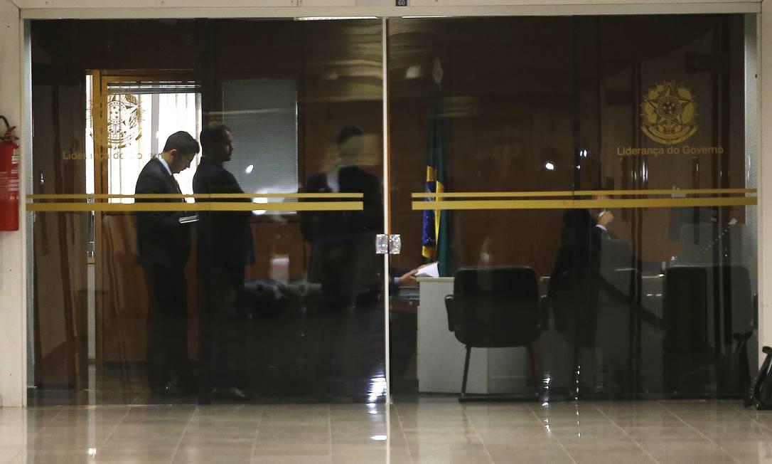 BSB - Brasília - Brasil - 19/09/2019 - Políciais Federais no gabinete da liderança do Governo no Senado Foto: Jorge William / Agência O Globo Foto: Jorge William / Agência O Globo