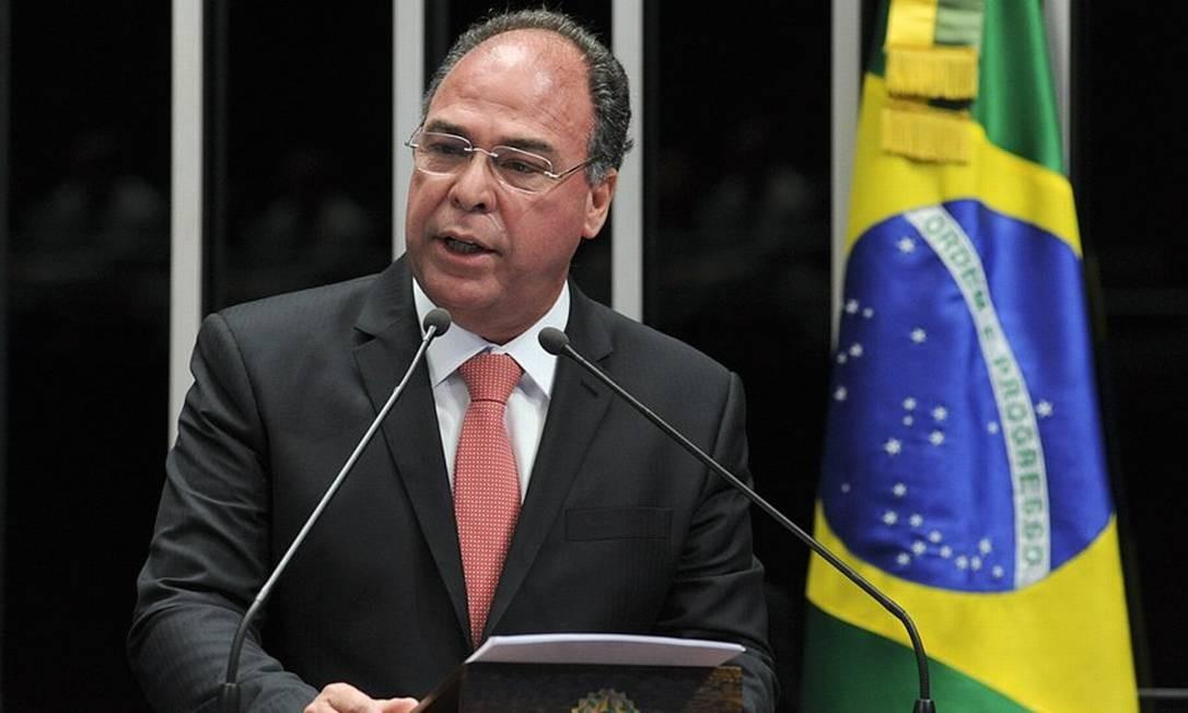 O líder do governo, senador Fernando Bezerra Coelho, na tribuna do Senado Foto: Geraldo Magela/ Agência Senado