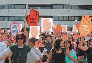 """Cena do filme """"Uruguai na vanguarda"""": país foi o primeiro da região a legalizar o aborto Foto: Divulgação"""
