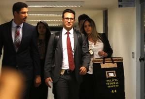 Políciais federais fizeram busca e apreensão no gabinete do senador Fernando Bezerra Coelho (MDB-PE) Foto: Jorge William / Agência O Globo