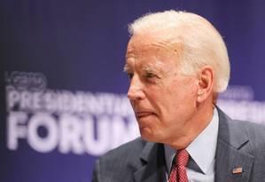 O pré-candidato democrata Joe Biden fala durante um fórum LGBT+ em Iowa Foto: SCOTT MORGAN / REUTERS