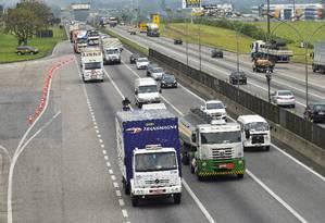 Queda no número de habilitações em quatro anos nas categorias que compreendem caminhoneiros e motoristas de ônibus vai na contramão do aumento geral no país Foto: Lucas Lacaz Ruiz / Agência O Globo