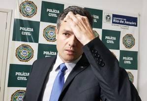 Delegado Daniel Rosa, titular da DH, nesta segunda-feira: ele afirma que PMs foram ouvidos como testemunha, não como suspeitos Foto: Felipe Grinberg
