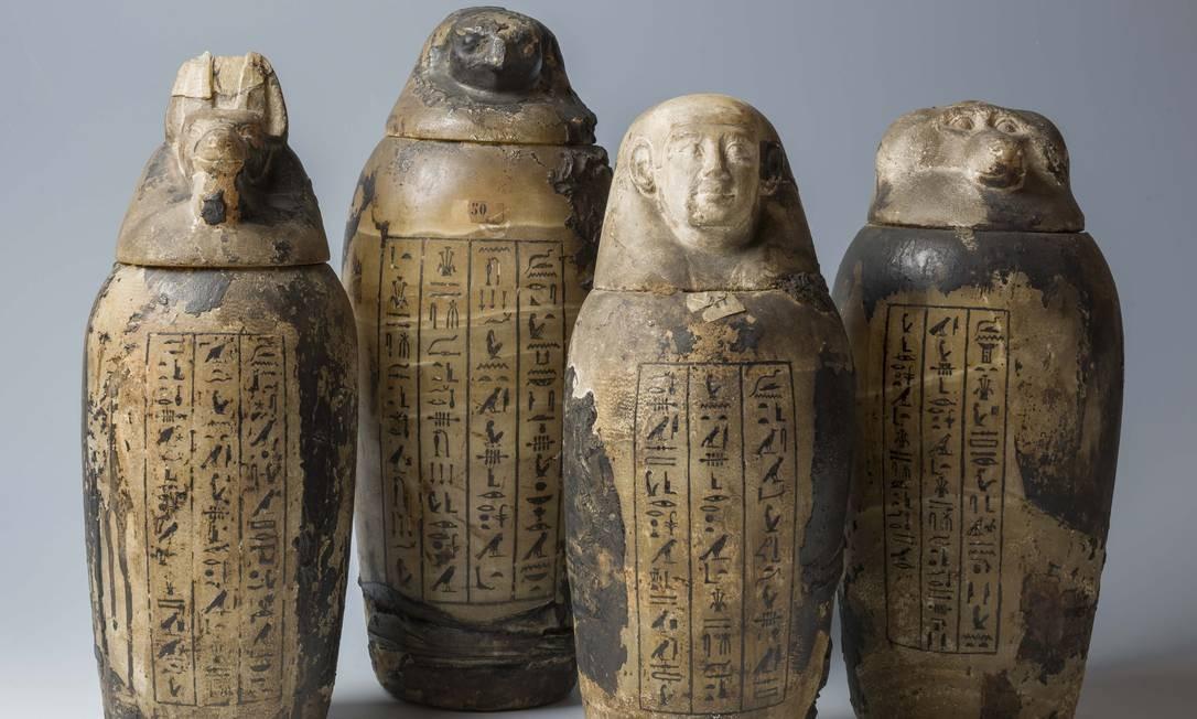 Vasos canópicos de Horteb, XXVI Dinastia (664-525 a.C.) Foto: Divulgação/Museo Egizio