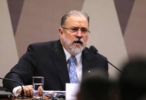 O subprocurador Augusto Aras em sabatina na Comissão de Constituição e Justiça do Senado Foto: Jorge William / Agência O Globo