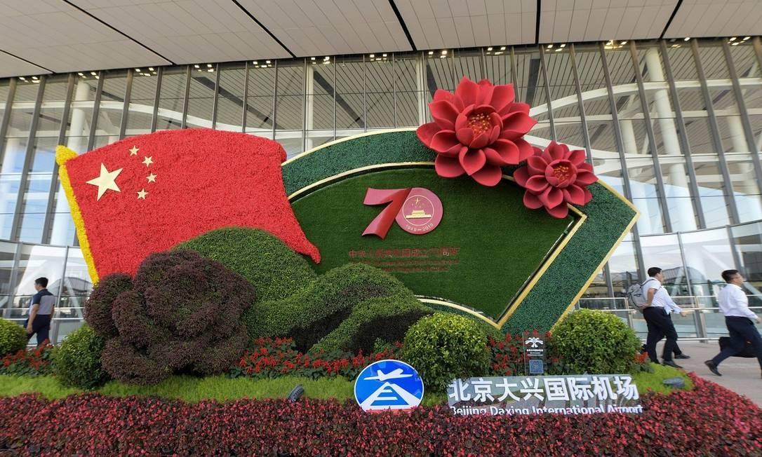 A inauguração do aroporto faz parte das celebrações pelo 70º aniversário da revolução comunista na China, em 1949, em 1º de outubro Foto: STR / AFP