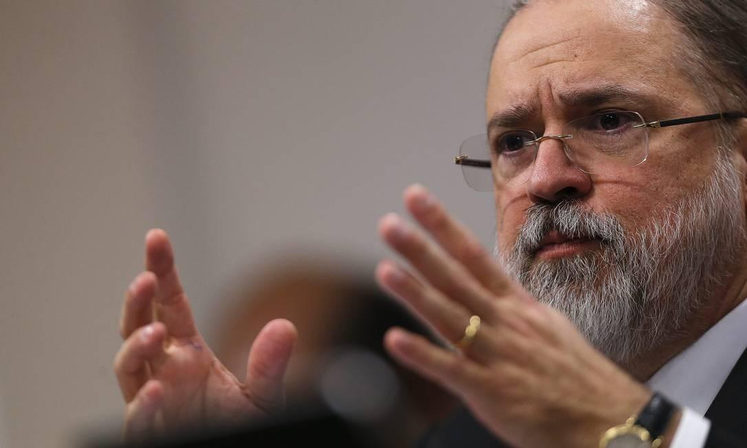 O subprocurador Augusto Aras durante a sabatina no Senado Foto: Jorge William / Agência O Globo
