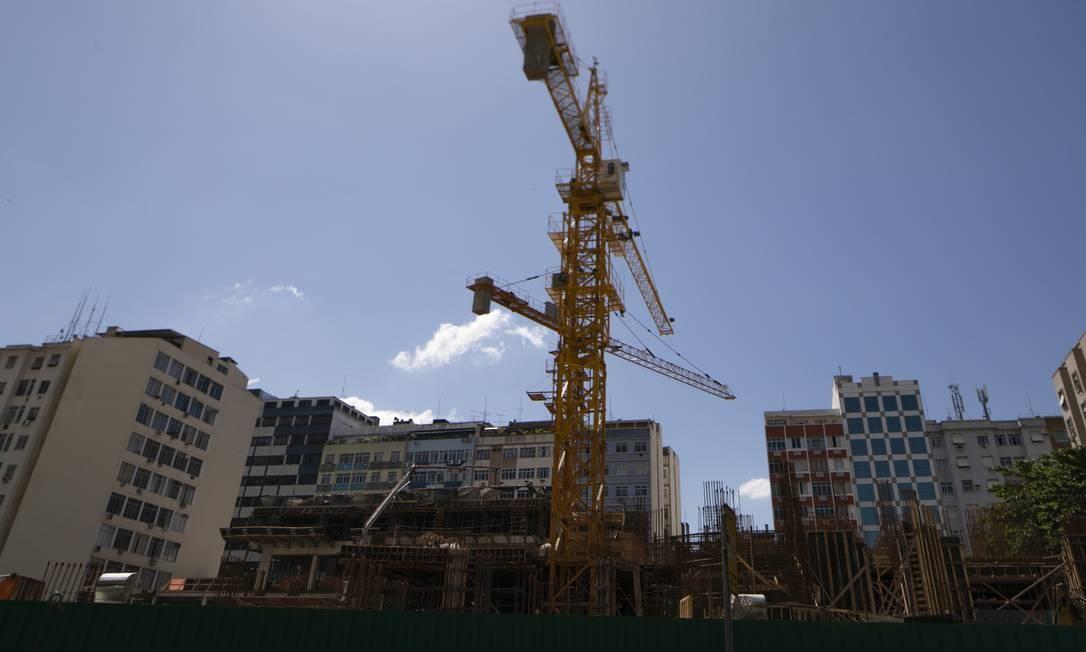 Construção na Zona Sul do Rio de Janeiro Foto: Gabriel Monteiro / Agência O Globo