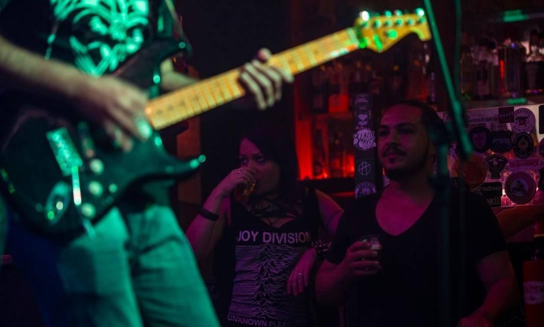 Calabouço atrai bandas do underground na Tijuca Foto: Alexandre Cassiano / Agência O Globo
