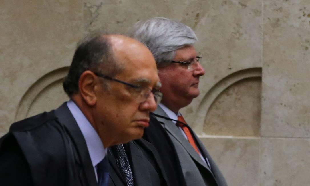 O ministro do Supremo Tribunal Federal (STF) Gilmar Mendes e o ex-procurador-geral da República Rodrigo Janot Foto: Ailton de Freitas / Arquivo O Globo