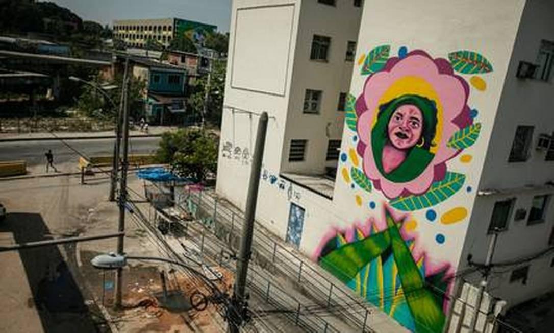 Painel em Coelho Neto: Jovelina por JLo Borges Foto: Brenno Carvalho / Agência O Globo