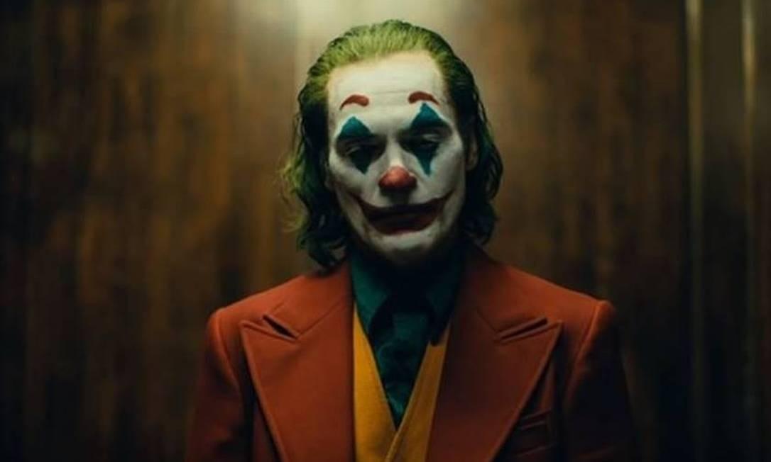No dia 3 de outubro, chega aos cinemas brasileiros o primeiro filme solo do personagem, estrelado por Joaquin Phoenix Foto: Divulgação