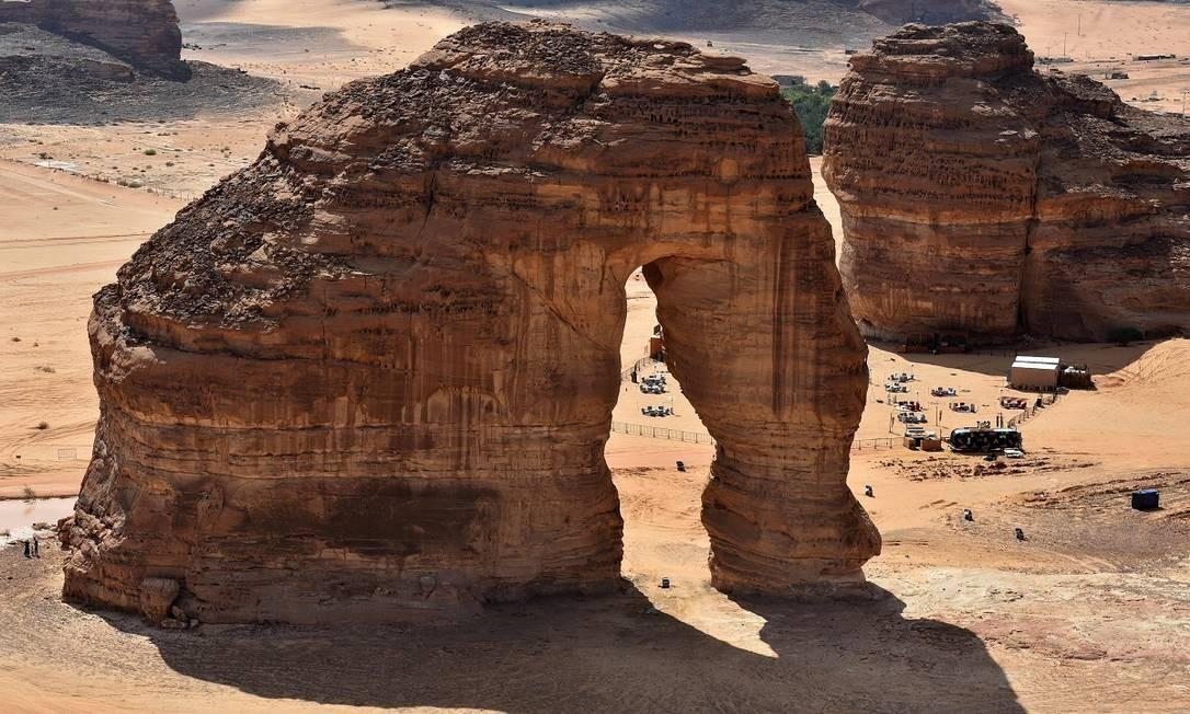 A Pedra do Elefante, um dos marcos do deserto de Ula, perto da cidade de Al-Ula, no noroeste da Arábia Saudita Foto: FAYEZ NURELDINE / AFP