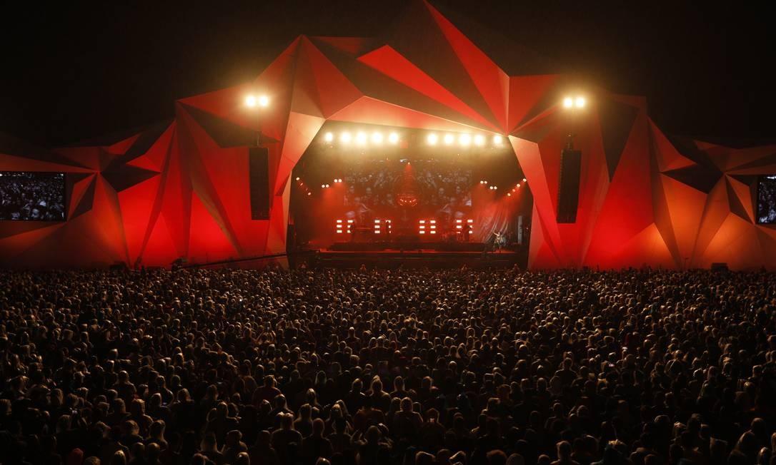 Público foi inferior ao do show que o antecedeu, com o encontro entre Iza e Alcione Foto: Brenno Carvalho / O Globo