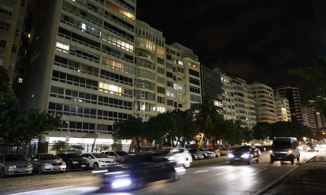Prédios na orla de Copacabana Foto: Uanderson Fernandes / Agência O Globo