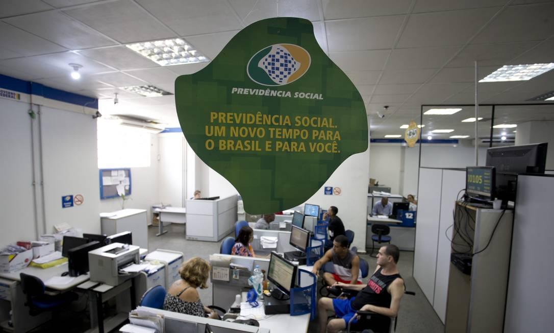 Agência do INSS no Centro do Rio de Janeiro Foto: Márcia Foletto / Agência O Globo