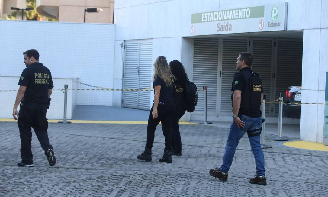 Todos os mandados foram expedidos pela 7ª Vara Federal Criminal do Rio de Janeiro Foto: Fabiano Rocha / Agência O Globo