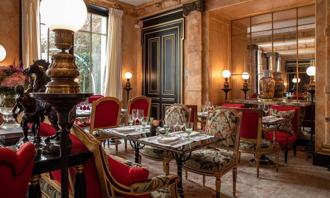 O salão do restaurante La Pagode de Cos, no hotel butique La Réserve, em Paris Foto: Grégoire Gardette / Divulgação