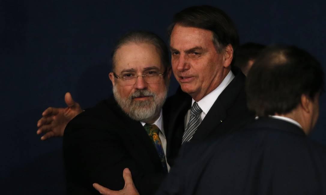 Aras tem atuação afinada com Bolsonaro após 1 mês e meio na PGR - Jornal O Globo